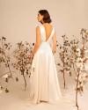 Simple backless wedding dress IRO